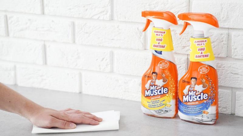 Představujeme Mr Muscle Čistící a dezinfekční prostředek do kuchyně a do koupelny s rozprašovačem. Z