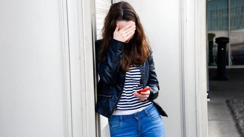 Jak na dospívající působí sociální sítě? Zdroj: Profimedia.cz.